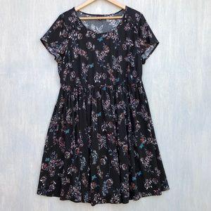Torrid floral challis lace up sleeve dress 1x